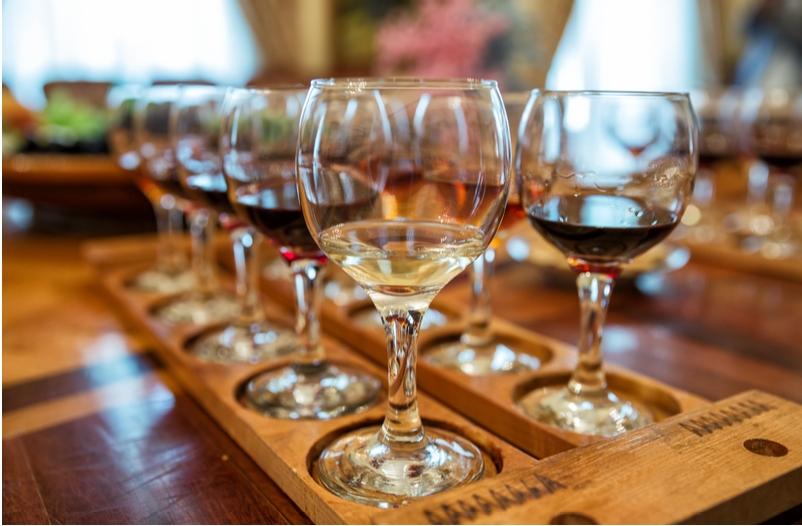 Επιστροφή του Ειδικού Φόρου Κατανάλωσης (ΕΦΚ) προκαταβληθέντος για το κρασί - Υπεγράφη απόφαση