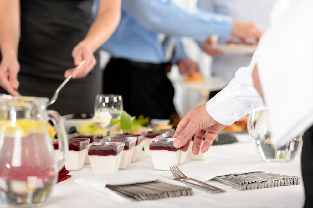 Οι νέοι κανόνες λειτουργίας των επιχειρήσεων υγειονομικού ενδιαφέροντος (τροφίμων - ποτών - μαζικής εστίασης κλπ)