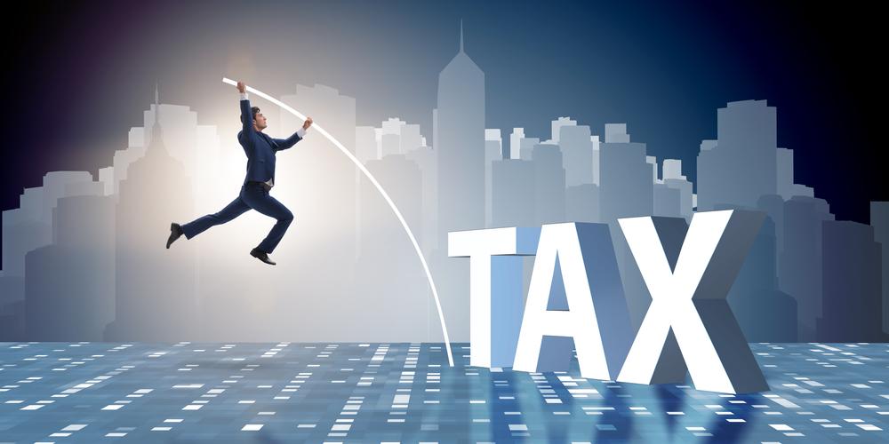 Μείωση συντελεστών φόρου νομικών προσώπων με νέα τροπολογία