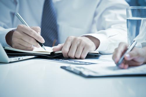 Θεσπίζεται η υποχρέωση των Επιμελητηρίων να υποβάλλουν τις οικονομικές καταστάσεις για έγκριση εντός ρητής προθεσμίας, άλλως θα υπόκεινται σε κυρώσεις