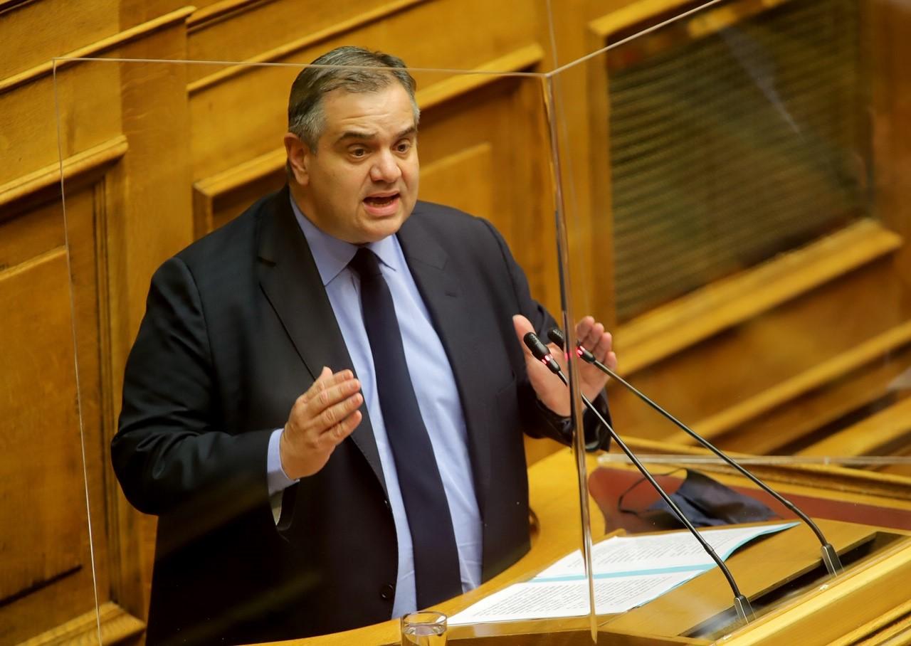 Τη δυνατότητα ορθής επανάληψης δηλώσεων αναστολών συμβάσεων εργασίας για Φεβρουάριο και Μάρτιο ζητάει ο Βασίλης Σπανάκης