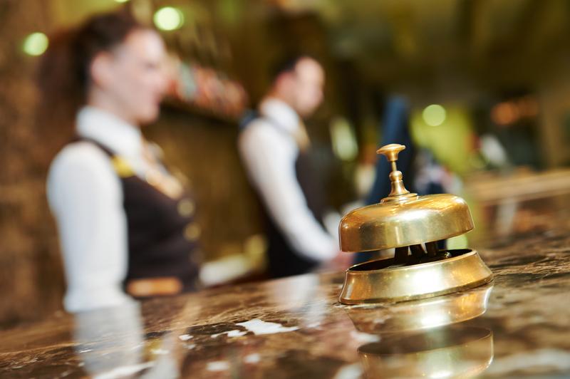 Υποχρεωτική με απόφαση του υπουργού Εργασίας η ΣΣΕ των εργαζομένων στις ξενοδοχειακές επιχειρήσεις όλης της χώρας