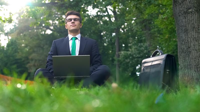 Μετά τη ψήφιση του νόμου η εφαρμογή του μέτρου της υποχρεωτικής τηλεργασίας για το 40% των εργαζομένων σε εργασίες γραφείου