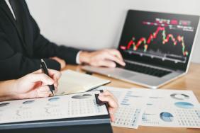 Πτωτική η συγκυρία στις χρηματιστηριακές αγορές