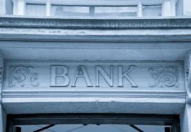 ΤτΕ: Στο 35,8% τα μη εξυπηρετούμενα δάνεια - Απαιτούνται επιπλέον ενέργειες από Τράπεζες και Πολιτεία