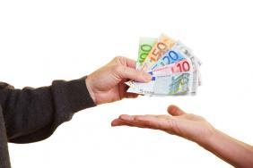 Έως η της 30η.4.2021 ολοκληρώνεται η διαδικασία καταβολής της εφάπαξ ενίσχυσης (400) ευρώ σε μη επιδοτούμενους μακροχρόνια ανέργους