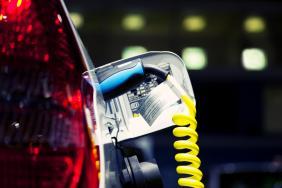 «Κινούμαι Ηλεκτρικά»: Επιλέξιμες από σήμερα οι δαπάνες για την αγορά ηλεκτρικών οχημάτων - Δημοσιεύθηκε η ΚΥΑ