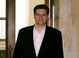 Διονύσης Καλαματιανός: Η κυβέρνηση ταλαιπωρεί λογιστές, φοροτεχνικούς και επιχειρήσεις.