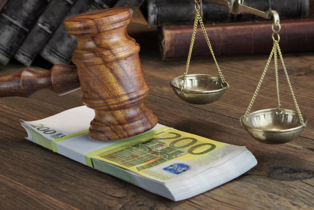 Πρότυπη δίκη στο ΣτΕ για τη δεκαπενταετή παραγραφή της εκπρόθεσμης δήλωσης
