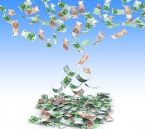 Έλλειμμα 8,1 δις ευρώ στο πεντάμηνο