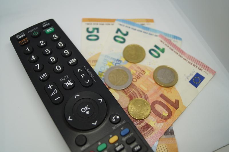 Στη δημοσιότητα η λίστα με τα χρηματικά ποσά για την καμπάνια κατά του κορωνοϊού