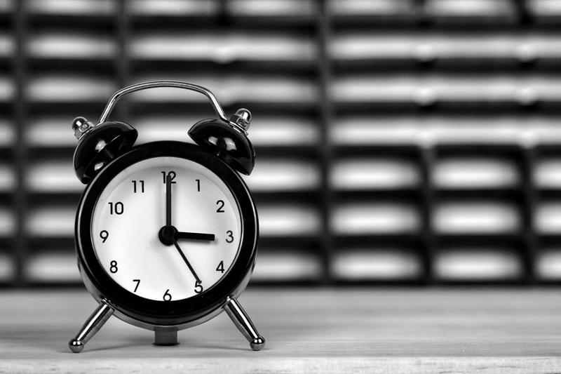 Αλλαγή ώρας: Την Κυριακή 31.10, στις 04:00 π.μ., μία ώρα πίσω οι δείκτες των ρολογιών