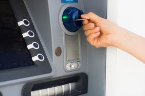 Capital controls: Νέες αποφάσεις για τα όρια μεταφοράς κεφαλαίων προς το εξωτερικό ανά ίδρυμα πληρωμών και τις ειδικές υποεπιτροπές για την έγκριση συναλλαγών