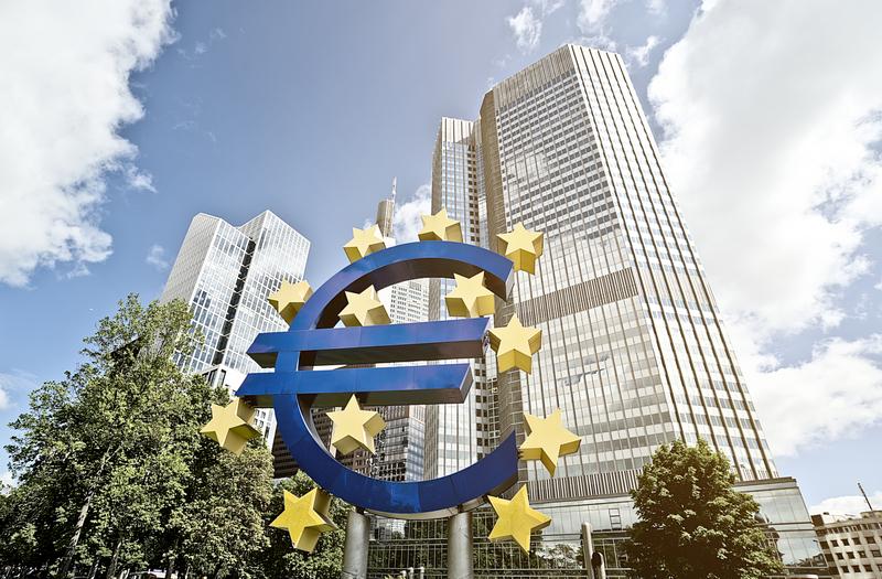 Διάθεση καινούργιων τραπεζογραμματίων 5 ευρώ και 10 ευρώ από την ΤτΕ