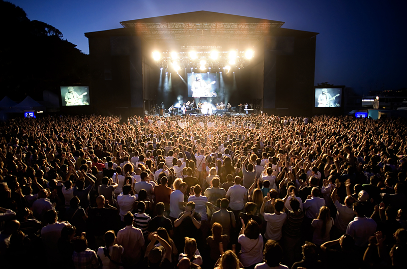Στο 6% ο ΦΠΑ στα εισιτήρια των συναυλιών