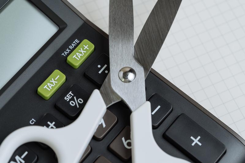 Ενίσχυση φορολογικής απαλλαγής σε επενδυτικά σχέδια: Μετατίθενται οι υποβολές της Δήλωσης Φορολογικής Απαλλαγής