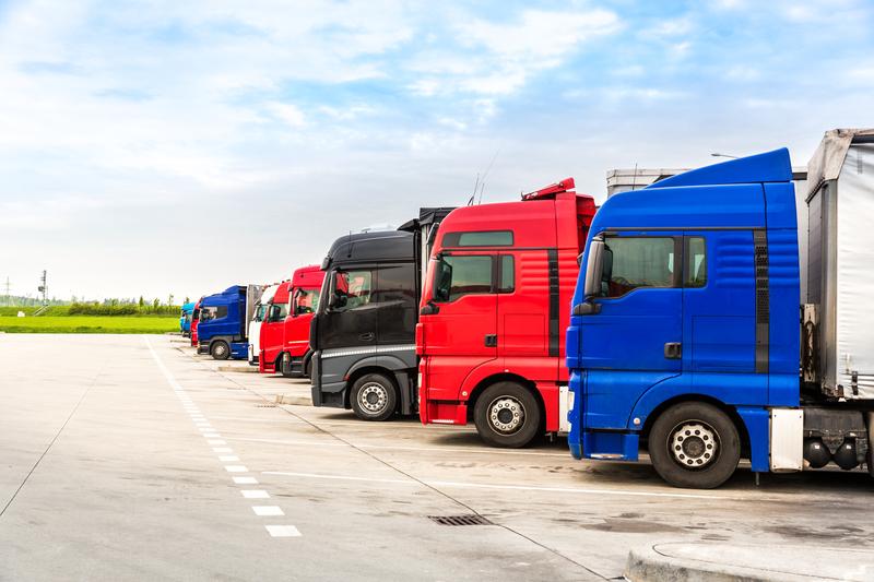 Ευρ. Κοινοβούλιο: Καλύτερες συνθήκες εργασίας για οδηγούς φορτηγών σε ολόκληρη την ΕΕ