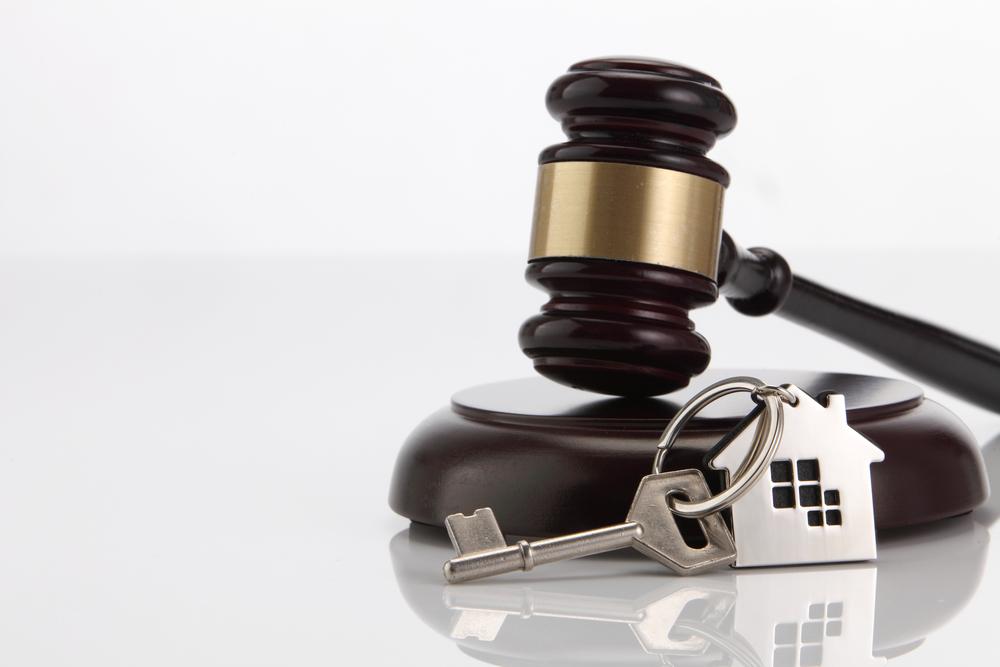 ΔΕΕ - Βραχυχρόνιες μισθώσεις: Σύμφωνη προς το δίκαιο της Ένωσης εθνική ρύθμιση που εξαρτά από τη λήψη άδειας την κατ' επανάληψη βραχυχρόνια εκμίσθωση οικιακού ακινήτου σε περιστασιακή πελατεία η οποία δεν εγκαθιστά σε αυτό την κατοικία της
