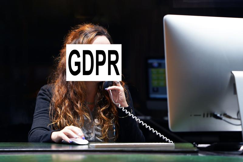 GDPR: Πρόστιμα ύψους 400.000 ευρώ σε εταιρεία παροχής υπηρεσιών τηλεφωνίας