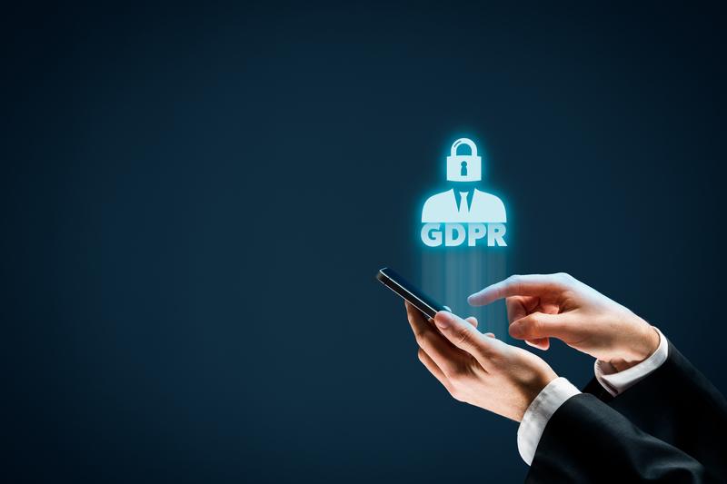 GDPR και τηλεφωνία: Νέο διπλό πρόστιμο-ρεκόρ ύψους 400.000 ευρώ