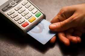 Με βάση το πραγματικό και όχι το τεκμαρτό εισόδημα ο υπολογισμός του 30% των ηλεκτρονικών συναλλαγών - Ειδική ρύθμιση για φορολογούμενους που δεν μπορούν να συγκεντρώσουν το ποσοστό