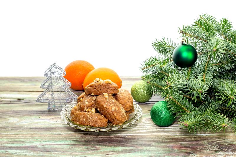 Αμετάβλητη η μέση τιμή για το Χριστουγεννιάτικο τραπέζι στις μεγάλες αλυσίδες σουπερμάρκετ το 2020 σε σχέση με το 2019 - Έρευνα ΙΕΛΚΑ