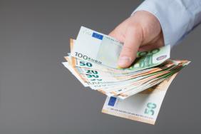 ΙΝΕ ΓΣΕΕ: Πρόταση για κατώτατο μισθό 751 ευρώ για το 2021