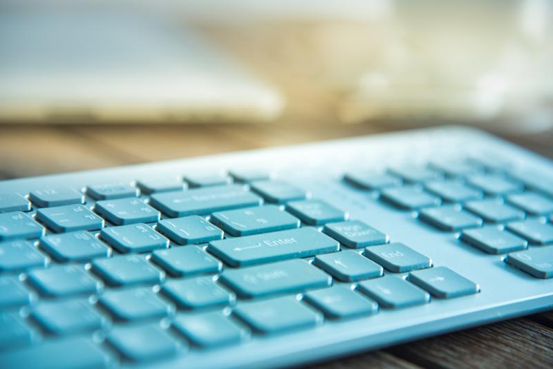 Με 9.550 ηλεκτρονικούς υπολογιστές εξοπλίζονται ΑΑΔΕ, Υπ. Οικονομικών και ΓΓΠΣ