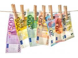 Ευρ. Κοινοβούλιο: Αναποτελεσματική η μαύρη λίστα φορολογικών παραδείσων - Κανόνες για τα «χρυσά διαβατήρια» και τις άδειες διαμονής - Πραγματικοί δικαιούχοι