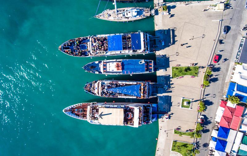 Υπ. Ναυτιλίας: Ναύλωση επαγγελματικών σκαφών από τουριστικά γραφεία