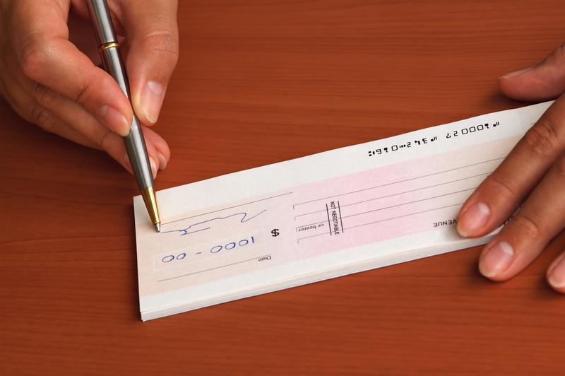 ΣΘΕΒ: Ορθή αντιμετώπιση του ζητήματος των μεταχρονολογημένων επιταγών προτείνει ο Σύνδεσμος