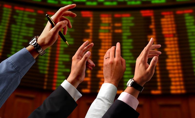 Αλυσιδωτή και βίαιη διόρθωση στο ελληνικό χρηματιστήριο