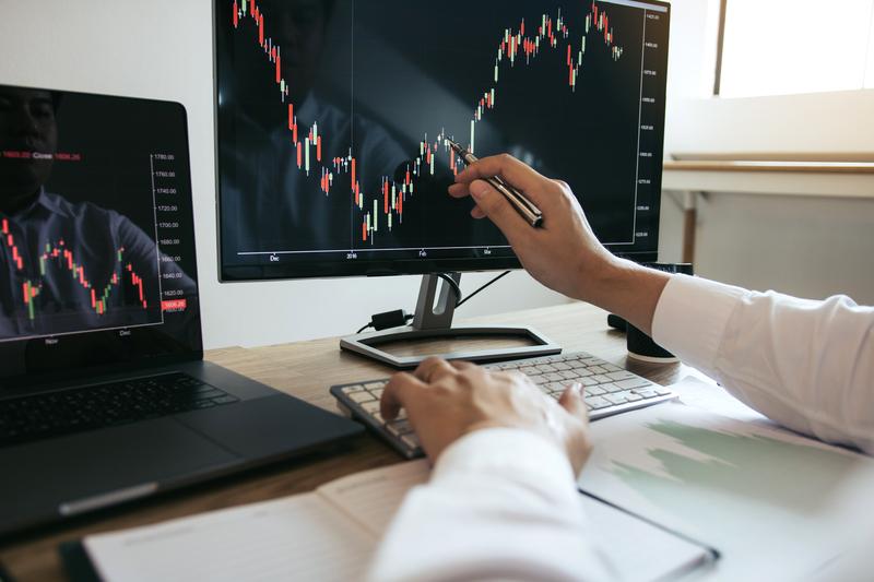 Οι ανησυχίες του Υπ. Οικονομικών και οι προοπτικές για έκδοση νέου ομολόγου