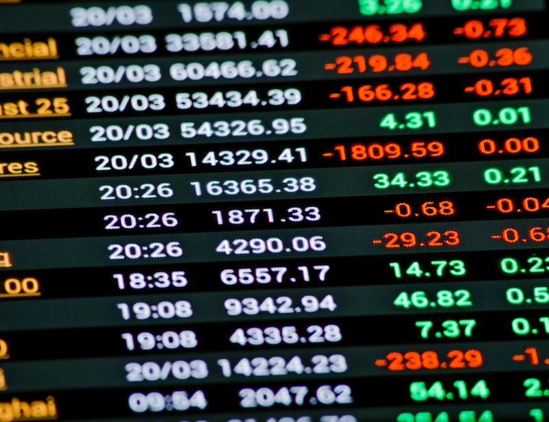 Προσπάθεια ανάκαμψης μετά από τις διορθώσεις στο ελληνικό χρηματιστήριο